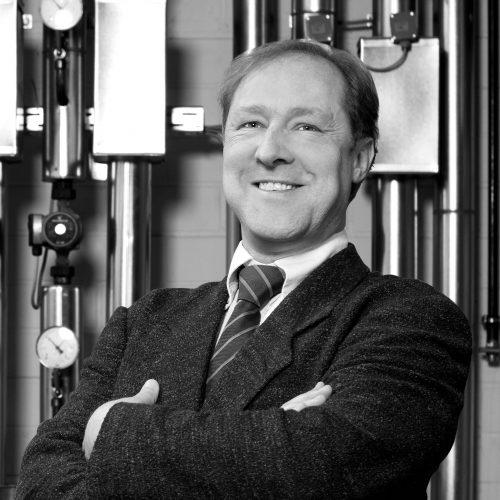 Werner Röschl<br><h6>(Dipl.-Ing. (FH) Verfahrenstechnik)</h6>